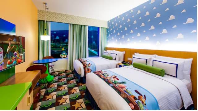 上海ディズニーランドにあるトイストーリーホテルの画像1